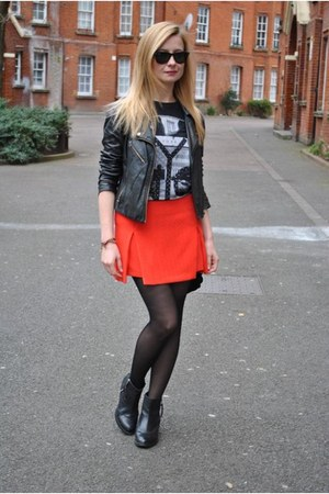 Topshop skirt - Topshop boots - Oasis jacket - River Island t-shirt