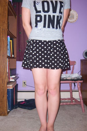 gray Victorias Secret shirt - black Victorias Secret skirt