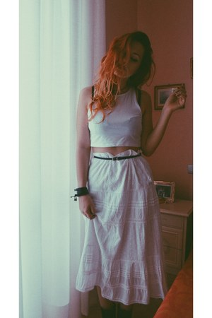 white vintage skirt - crop top H&M top