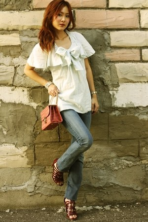 aquamarine bow Moschino top - blue Rock & Republic jeans