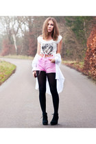 tiger print BikBok t-shirt - white cotton Cubus shirt - black H&M tights