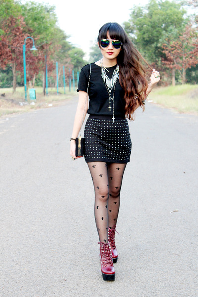 black beaded Zara skirt - brick red tardy Jeffrey Campbell boots