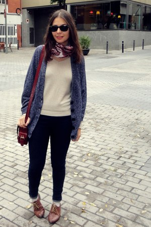 Stradivarius cardigan - Zara shoes - Zara jeans - Primark bag - pull&bear jumper