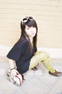 Mustard-newspaper-romwe-tights-dark-brown-payless-boots