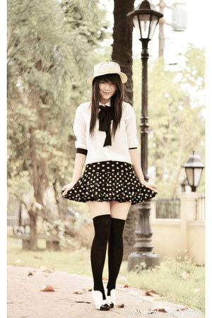 black polka dots AHAISHOPPING skirt - white bow Mart of China boots