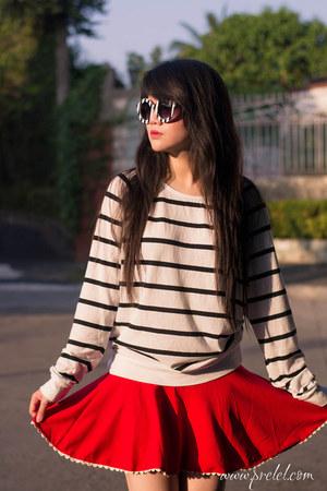 white stripes zeroUV sunglasses
