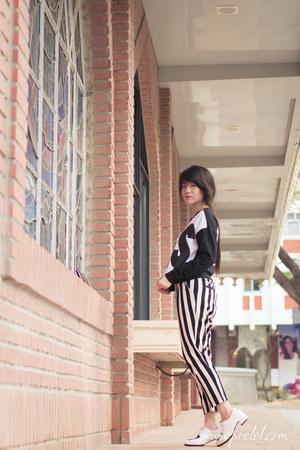 black black and white romwe sweater