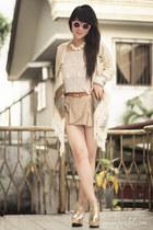 white rose romwe necklace - camel Nobrand shorts