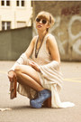 Vintage-bag-denim-litas-jeffrey-campbell-heels-mango-necklace-mango-top