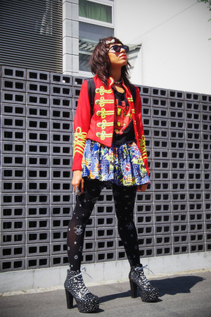 red Wego jacket - dark gray lita star print Jeffrey Campbell boots