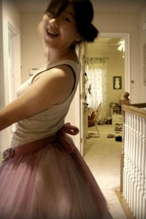 dance skirt - American Eagle top