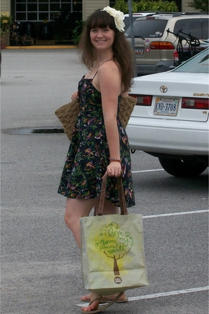 forever 21 dress - forever 21 accessories - Target purse - whole foods