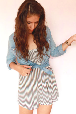 blue pull&bear shirt - gray Zara dress