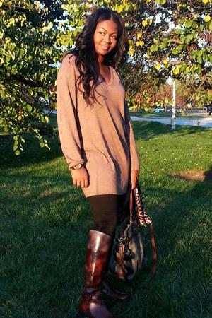 sweater - tory burch boots - Michael Kors bag