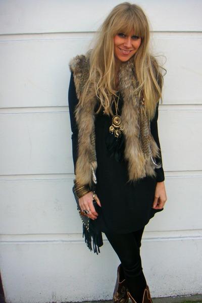 black Primark dress
