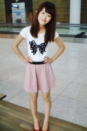 t-shirt - skirt - shoes