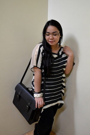 neutral top - black leggings - black School of Satchel bag