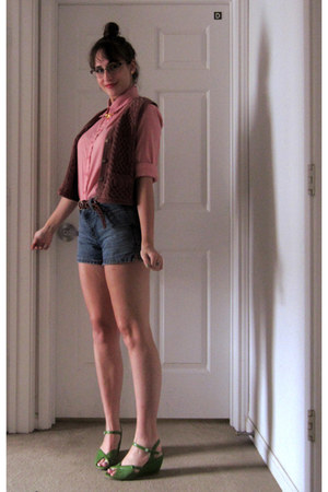pink collared blouse - navy high waisted calvin klein shorts - coral knit vest