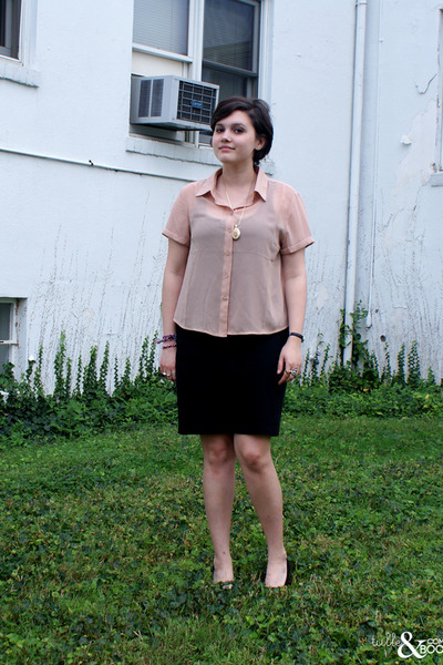 neutral Forever 21 top - black Forever 21 wedges - black American Apparel skirt