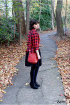 white Threadless t-shirt - ruby red BDG shirt - brick red coach bag