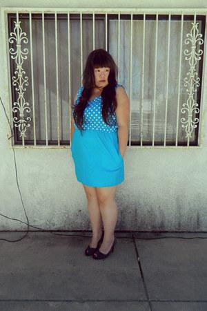 sky blue dress - heather gray heels