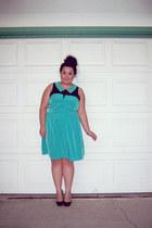 aquamarine dress - black heels