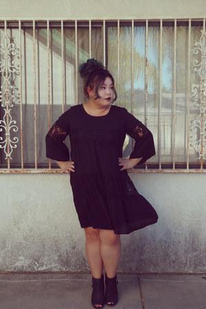 black dress - heels