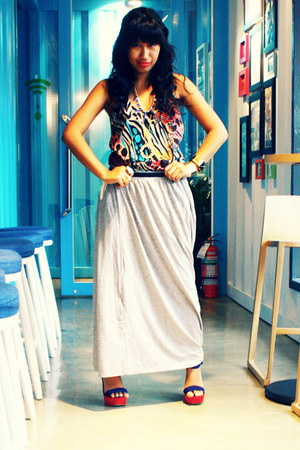 heather gray maxi INDIE-GO skirt - red Primadonna wedges