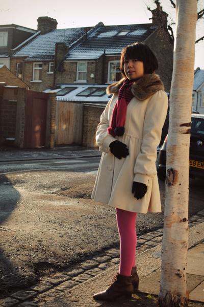 white H&M coat