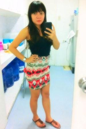 tawny aztec print skirt