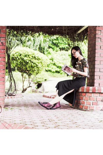 Black-black-dresslink-dress-brick-red-high-top-sneakers-black-floral-top