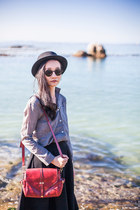 gray linen Dressgal shirt - brick red satchel Dressgal bag