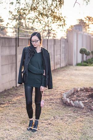 light pink purse 3D Bag Original bag - dark green merino H&M sweater