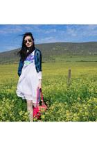 silver mirrored Dressin sunglasses - white rorschach Kae Hana dress