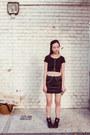 Black-topshop-skirt-gold-bodychain-topshop-accessories