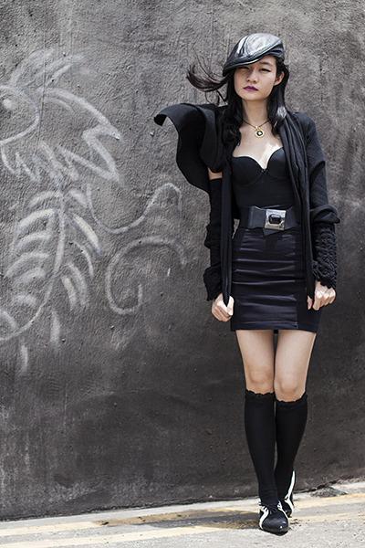 black lace Takashimaya socks - black black Forever 21 skirt