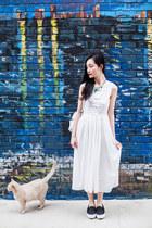 white midi CNdirect dress - green statement Dressin necklace