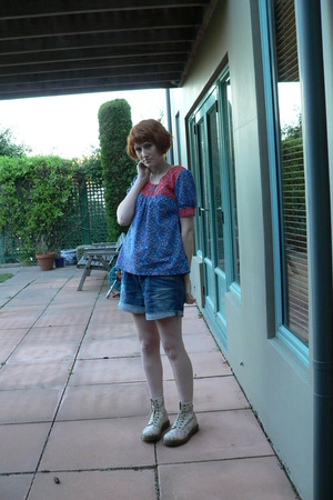 cherry cotton candy top - Just jeans shorts - doc martens shoes