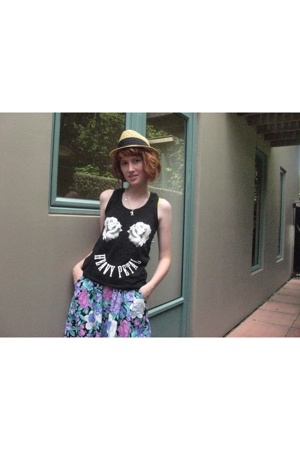Breast Cancer Tshirt top - thrifted skirt - Farmers hat