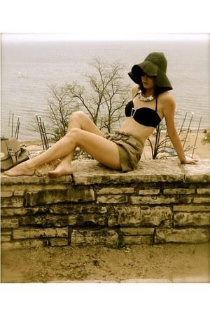 black wicker floppy Roxy hat - dark khaki Waverly shorts - black Komplique swimw