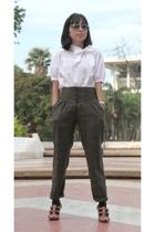 H&M shirt - endorsedbloop pants - Kenzie shoes - H&M socks - Forever21 sunglasse