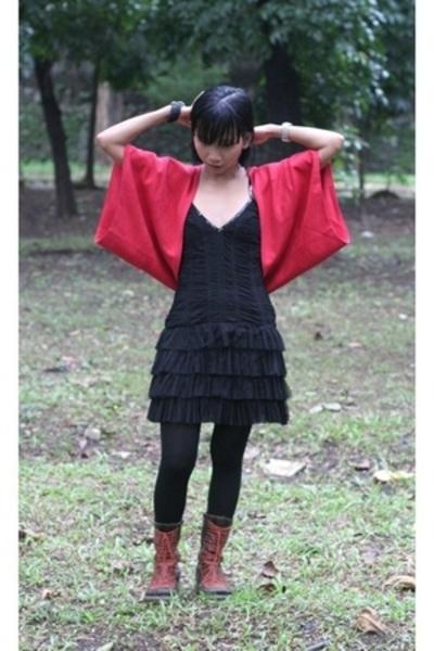 H&M dress - BloopEndorse - H&M tights - miz mooz boots - f21 bracelet