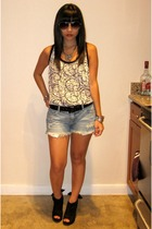 f21 top - Target shorts - f21 shoes - Urban Outfitters sunglasses - f21 necklace