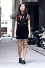 Black-painted-bird-shoes-black-painted-bird-top-black-painted-bird-skirt