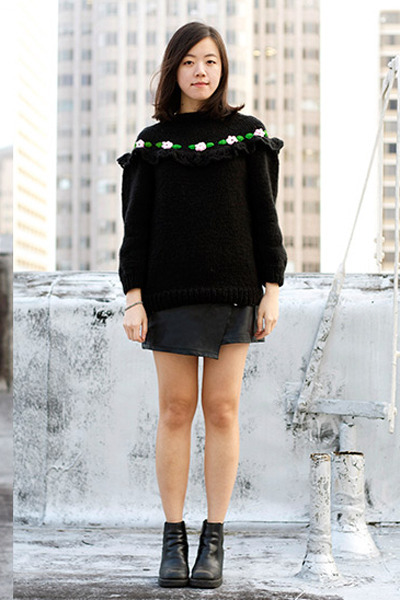 black Alejandra quesada sweater