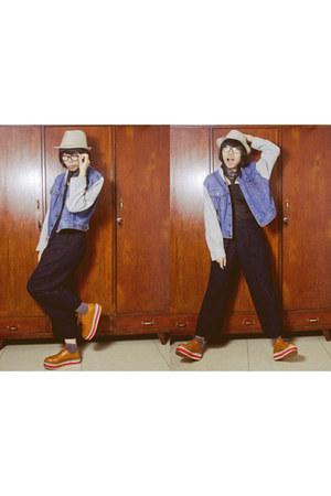 tawny june and julia boots - black collar Tru accessories