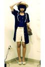 Blue-blazer-orange-saung-angklung-mang-udjo-hat-white-shoes