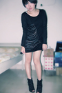 Black-iconia-dress-black-shoes