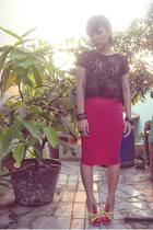 hot pink pencil skirt unbranded skirt - black lace top vintage top