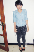 blue Nyla top - black unknown brand jeans - black Aldo shoes